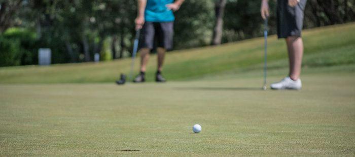 Golf Ball Display for One Golf Ball