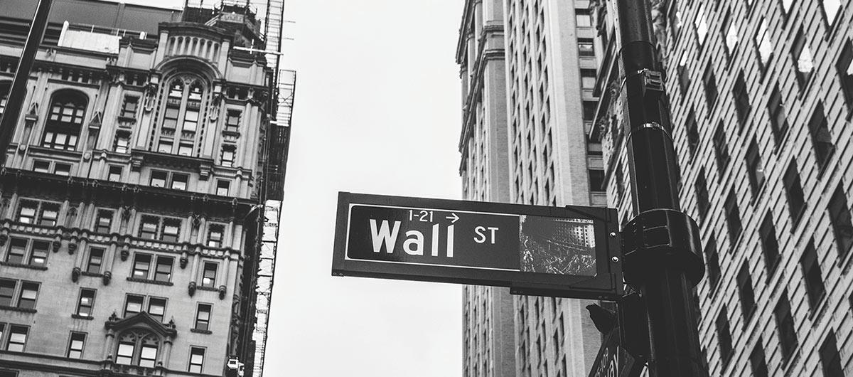 Gift ideas for financial advisors