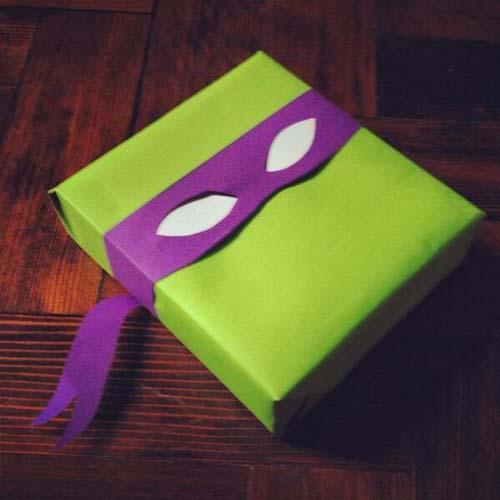 Themed Gift Wrap DIY Tutorials