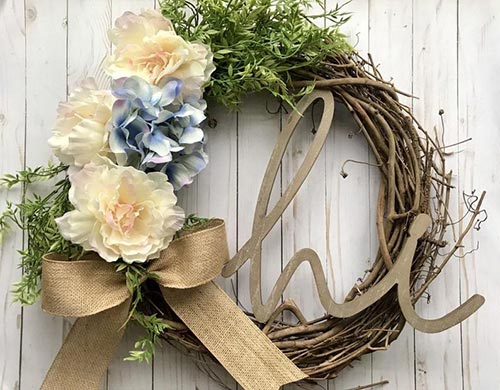 Cute Door Wreath Neighbor Gift