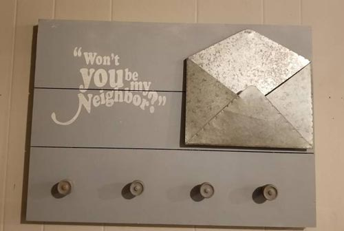 Neighbor Gifts - Mail Rack