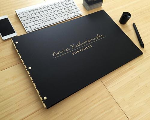 Personalized Portfolio Gift Idea for Artist Who Draws