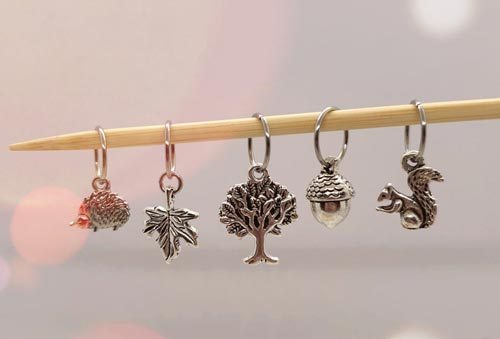 A cute stitch marker makes a beautiful gift for knitters!