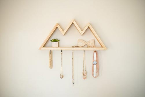 Mountain-themed wood jewelry rack