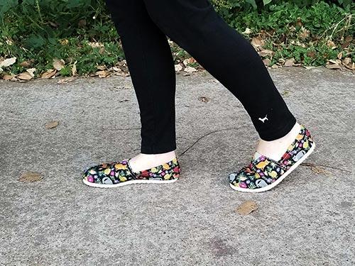 Walking in Cat Flower casual shoes