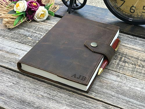 Personalized Leather Journals are a Wonderful Gift for Clients