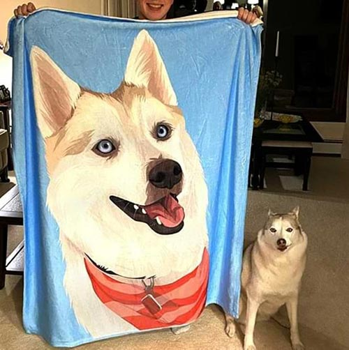 Custom Pet Blanket: Best Gifts for Your Employees
