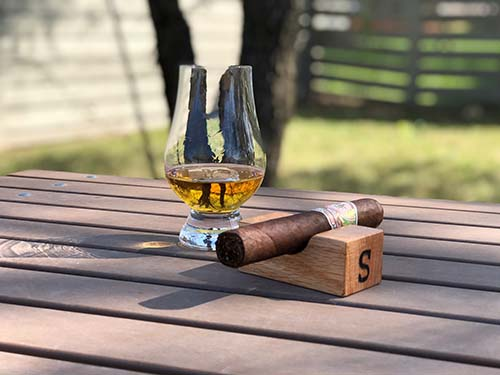Wooden Cigar Rest - Personalized Gifts for Him