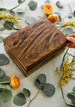 Keepsake Box- Best 60th Birthday Gifts