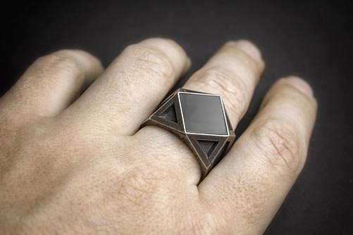 Cool Rings for His Anniversary Gift