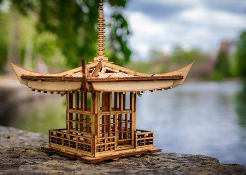 Pagoda Tea Lantern