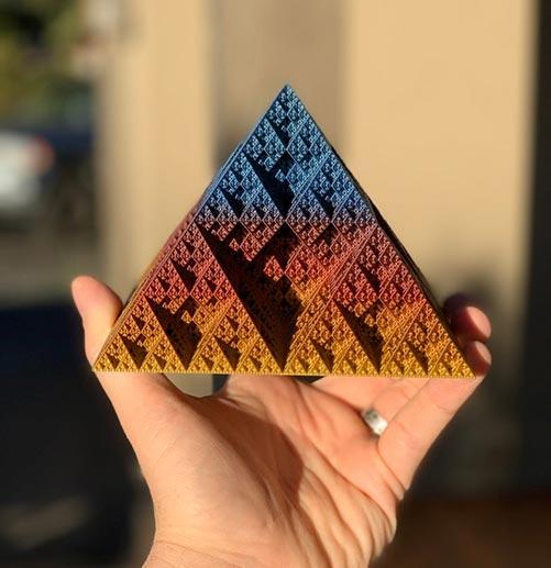 Fractal Pyramid Decoraton