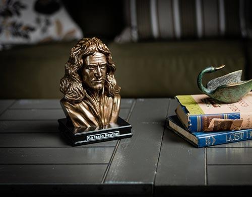 Sir Isaac Newton Bust