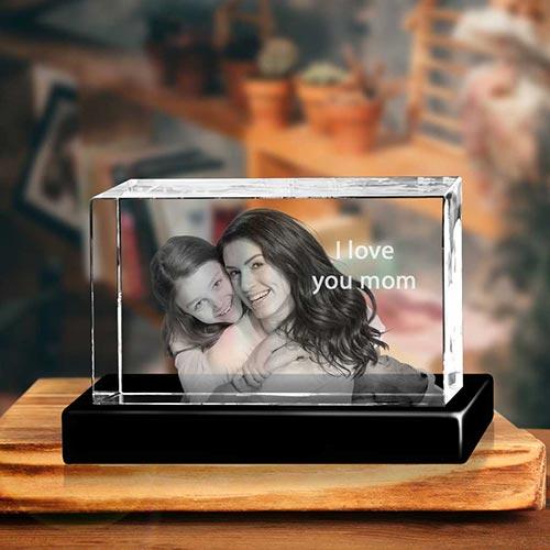 3D Crystal Portrait: Best Gifts for Grandparents