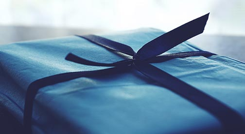DIY Gift Ideas: Out of The Blue Gift Box